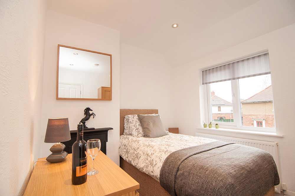 Doncaster Warren House - Single Bedroom
