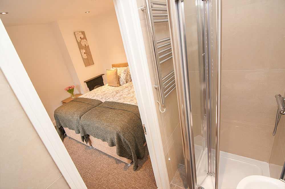 Doncaster Warren House - Double Bedroom + Bathroom