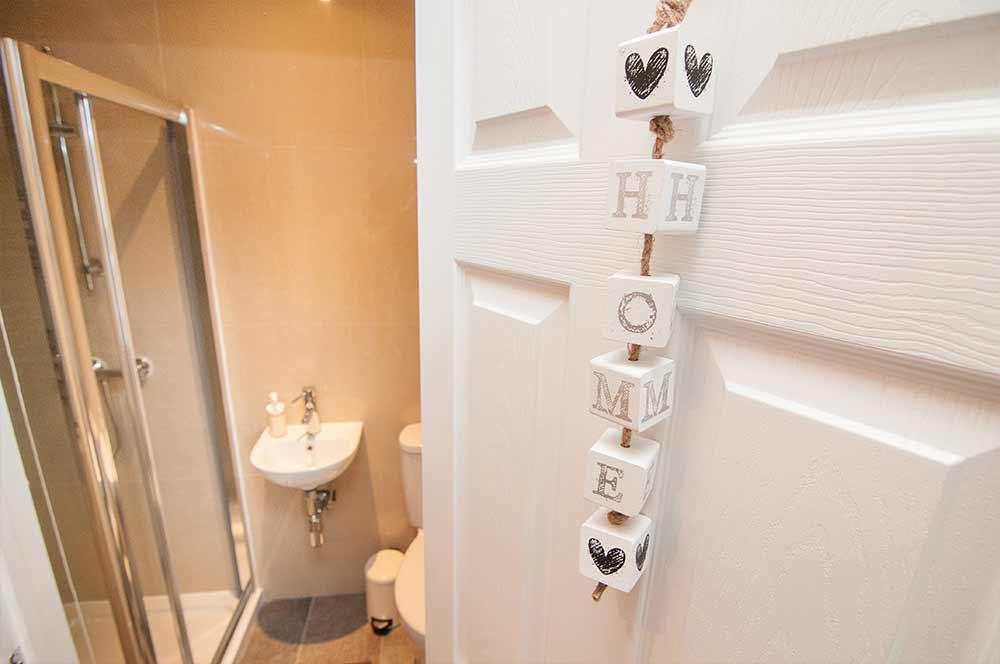 Doncaster Warren House - Bathroom