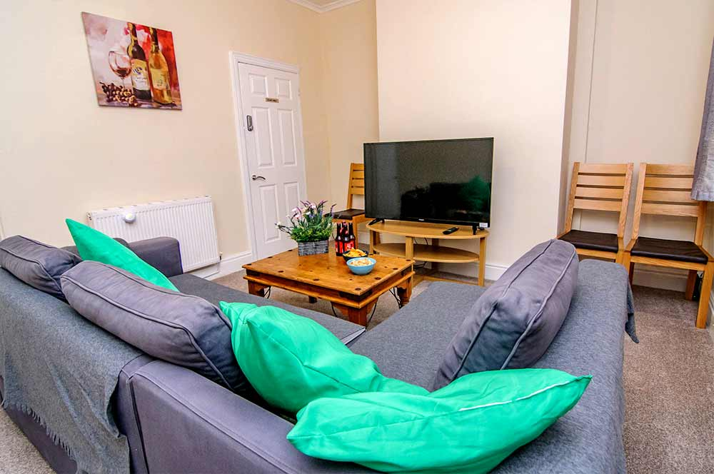 Askern House Doncaster - Amber-Apartments - Living Area