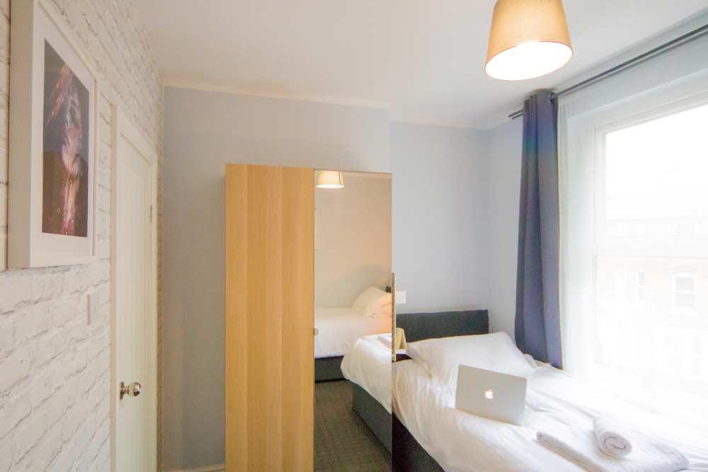 Nottingham Radford House - Bedroom 2