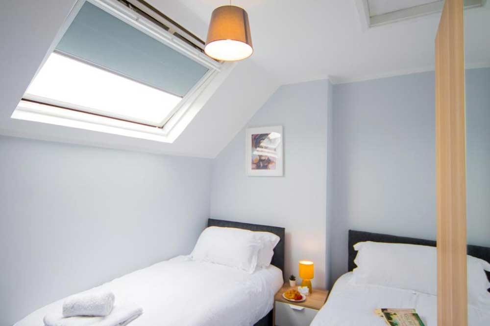 Nottingham Radford House - Bedroom 3
