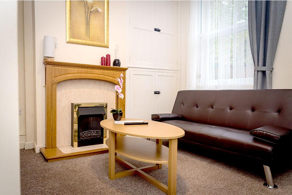 Nottingham Waterloo House - Livingroom 1